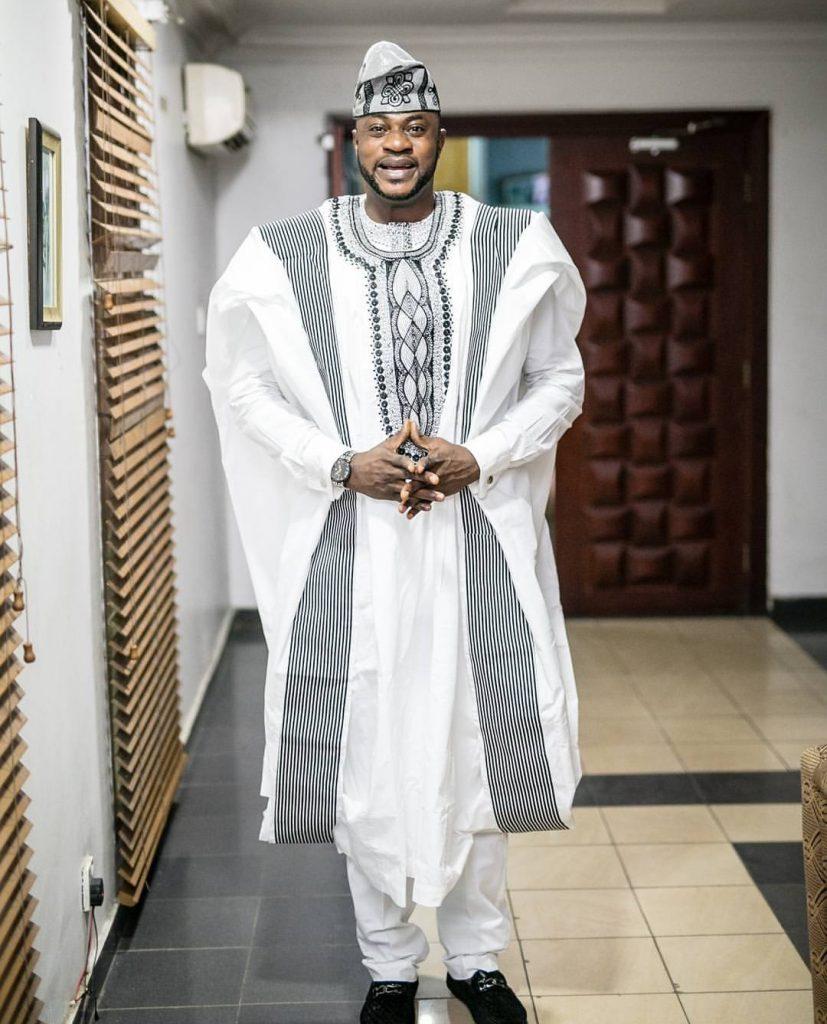 Odunlade Adekola Agbada style