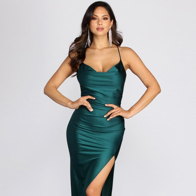 Stylish gown for ladies