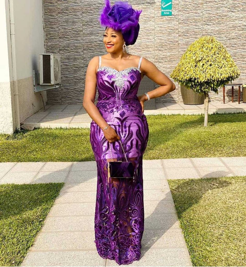 Latest lace styles for ladies
